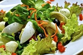 salad-leaves-eat-1033210__180
